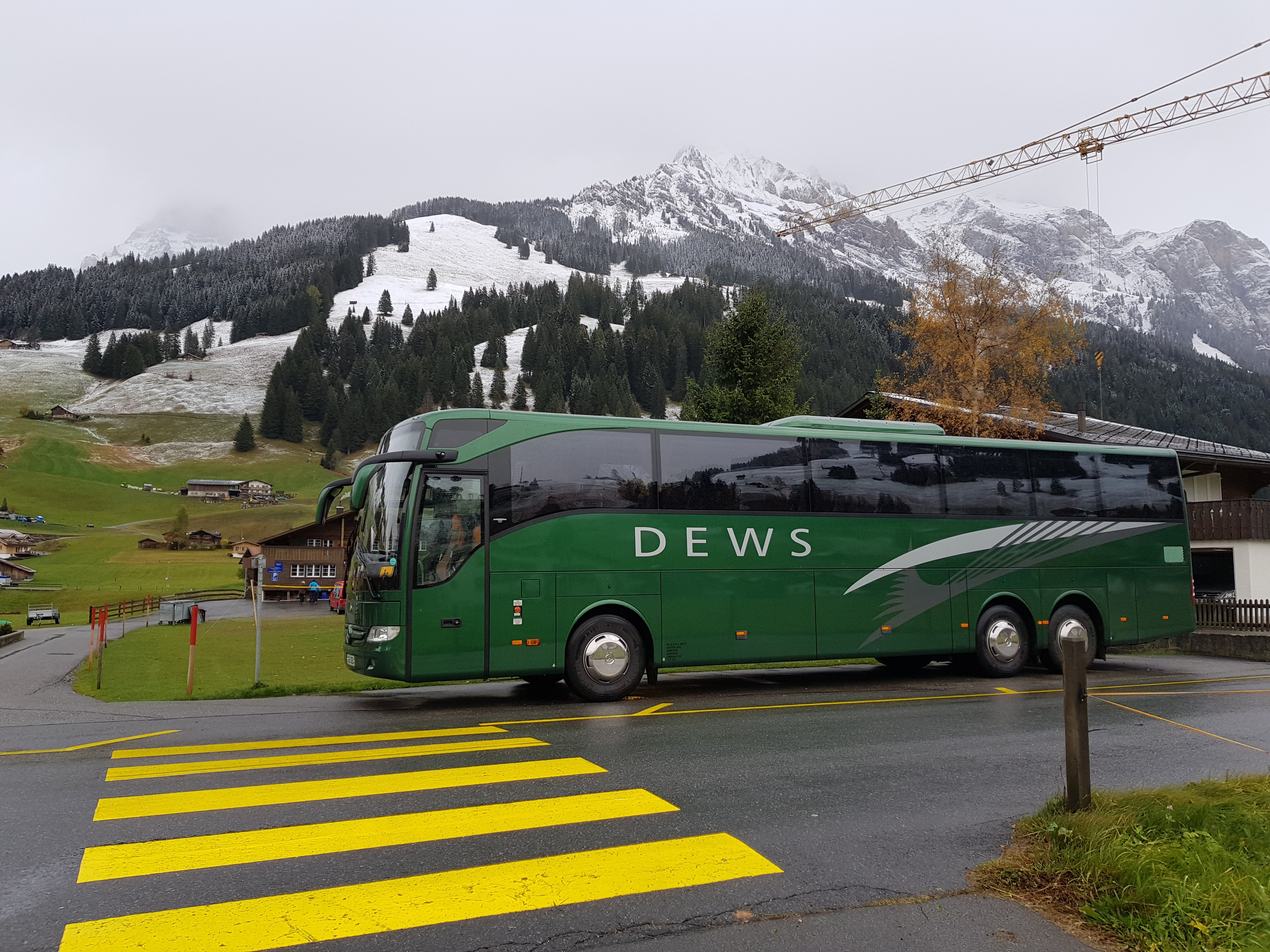 Dews coaches skiing tour