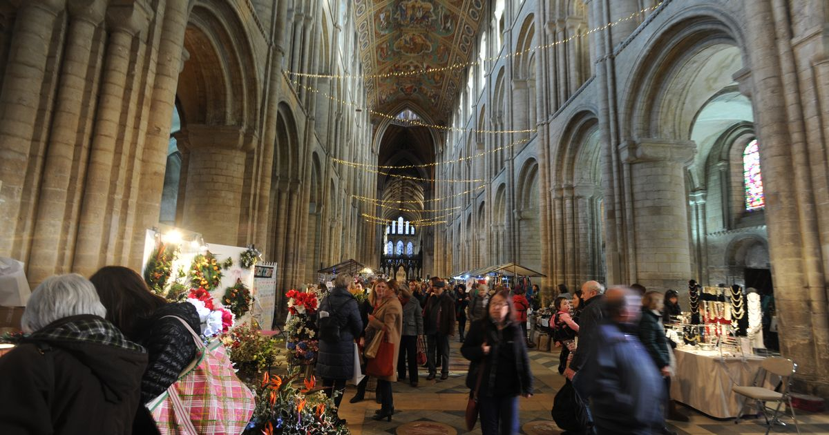 ely-cathedral-christmas-fair-2020