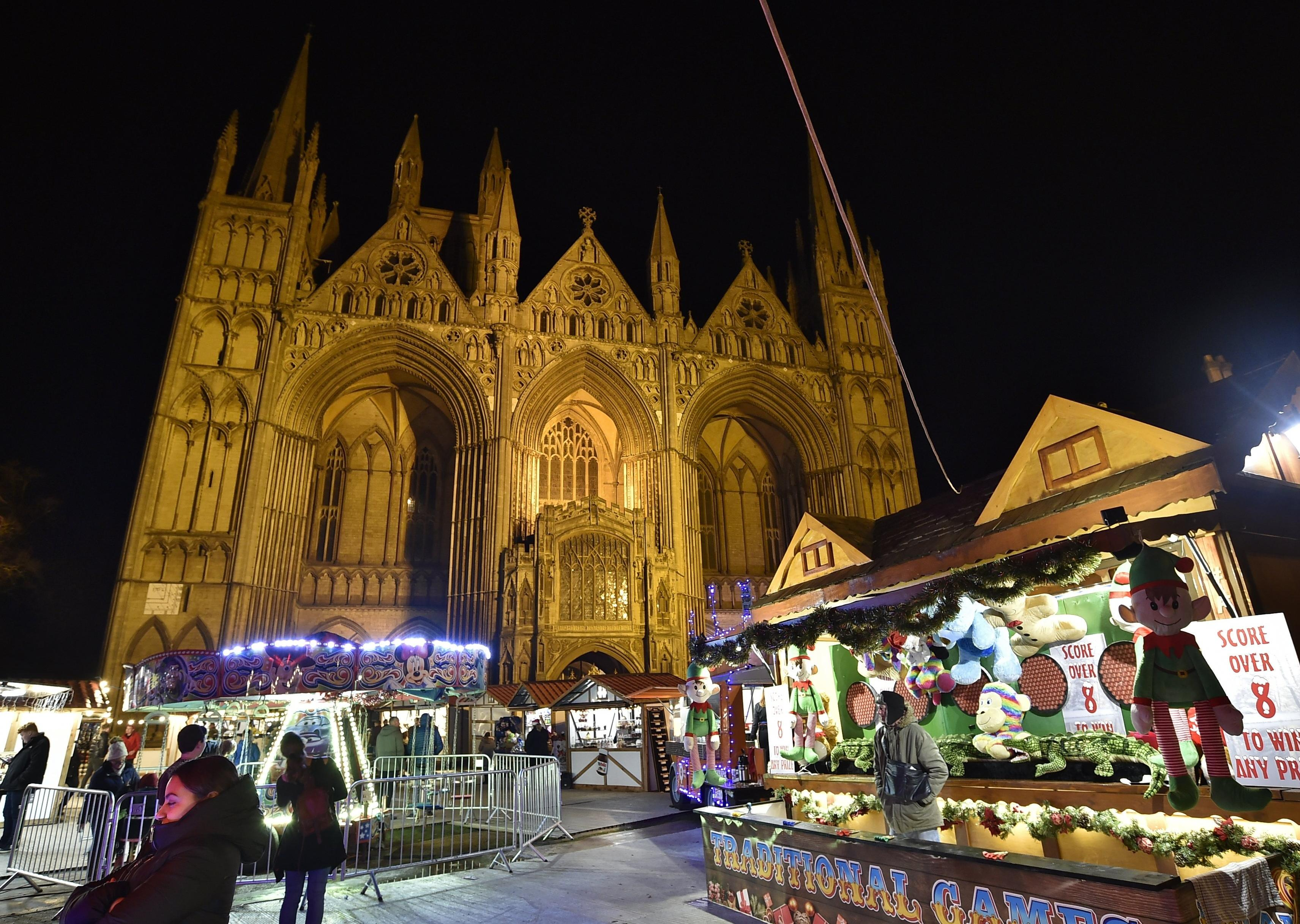 peterborough-cathedral-christmas-market